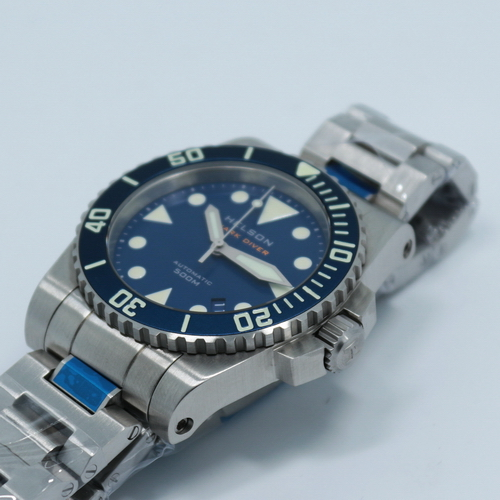 Shark diver 40mm and 42mm now available with aluminum - 40mm dive watch ...